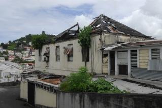 De schade veroorzaakt door orkaan Ivan is nog steeds niet hersteld.