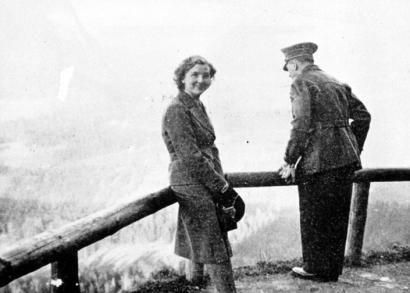 Eva en Adolf