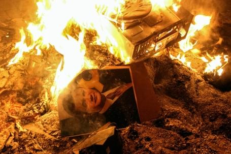 Janoekovitsj brandt klein