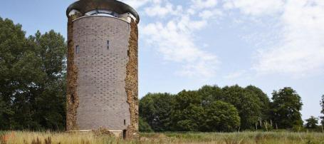De gerestaureerde toren