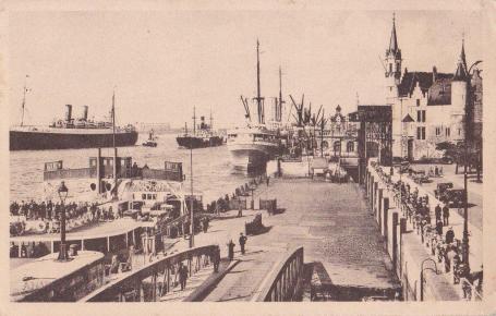 De Kongoboot voor het Steen inn Antwerpen