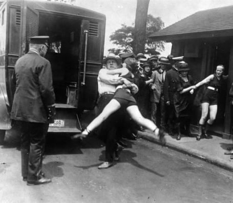 swimsuit-arrests chicago 1922
